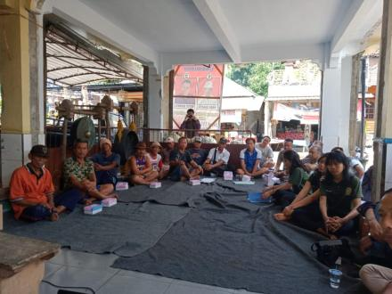 Penyuluhan Bagi kelompok Tani di Desa